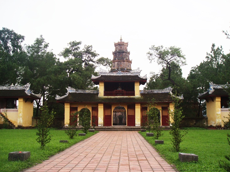 Thien Mu Pagoda in Hue City, Vietnam