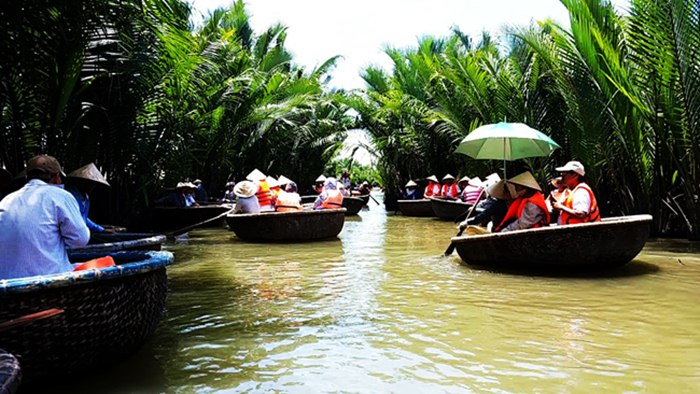 round boat in Hoi An tour