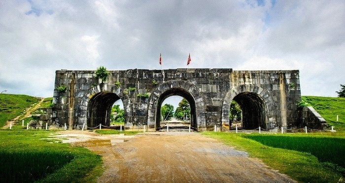 Visit Vietnam - Ho Dynasty