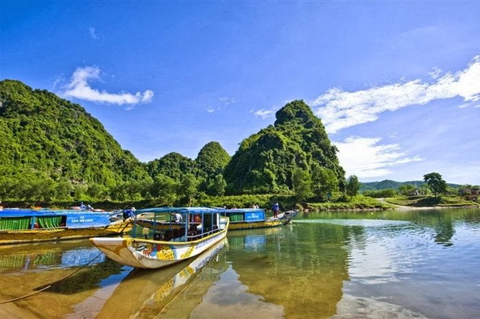 Hoi An to Phong Nha Ke Bang National Park