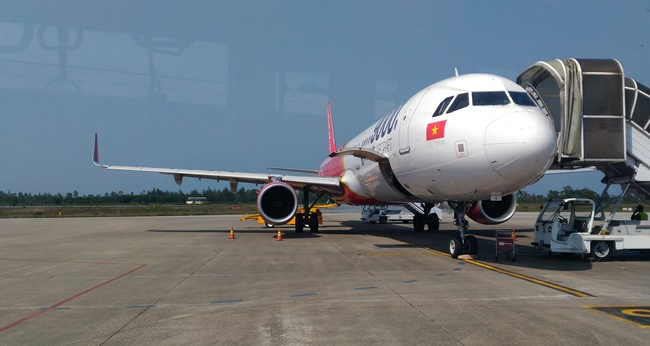Flights from Hanoi to Dong Hoi