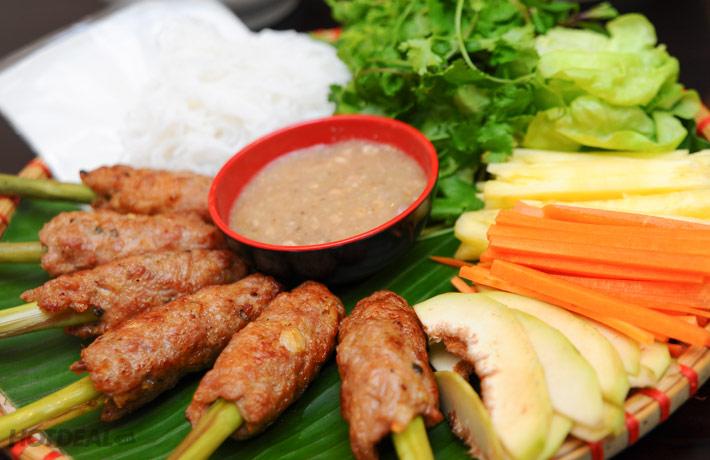 6 famous specialties in Hue