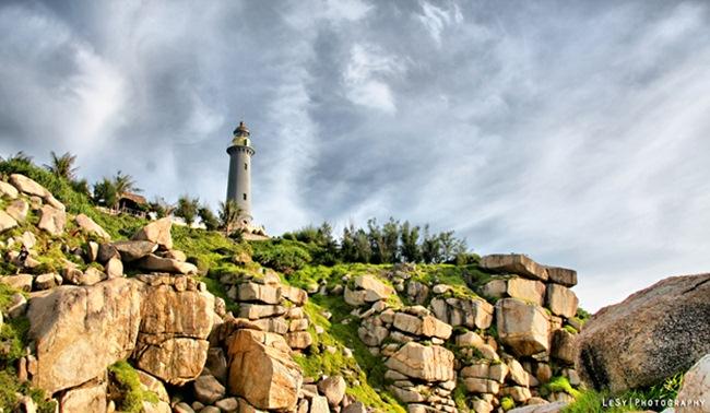 Dai Lanh lighthouse.