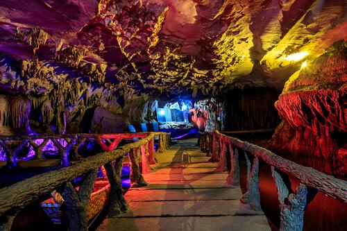 The cave of Dam Da, Hoa Binh.
