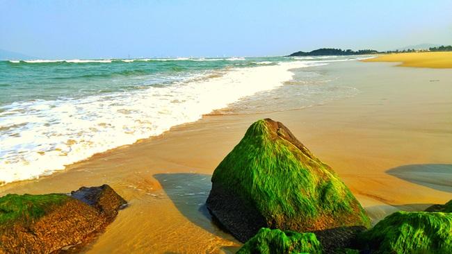 Nam O beach