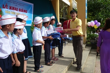 Donation of Vietnamdrive