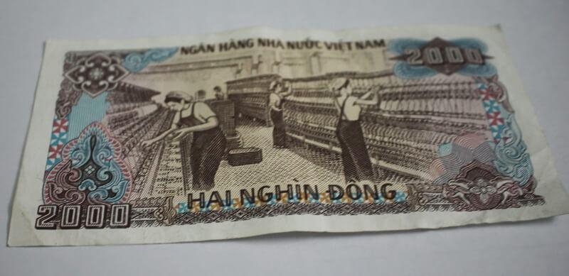 2000 Vietnam dong