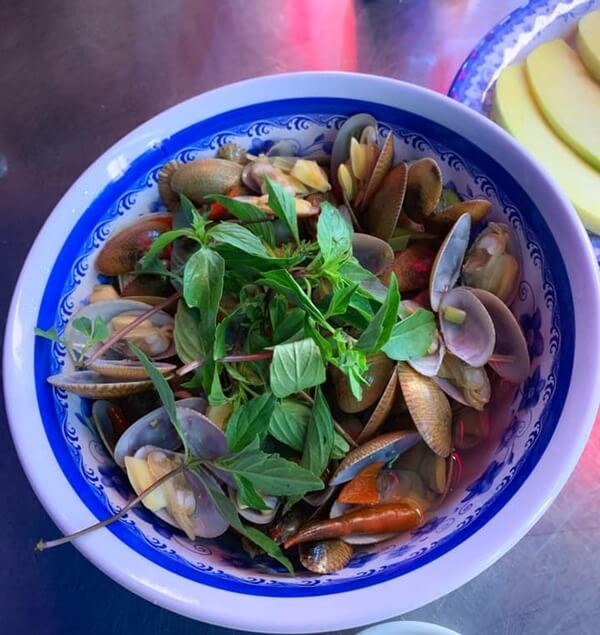 Seafood in Danang - Chip Chip