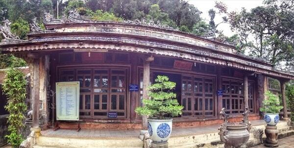 Dien Hon Chen Temple