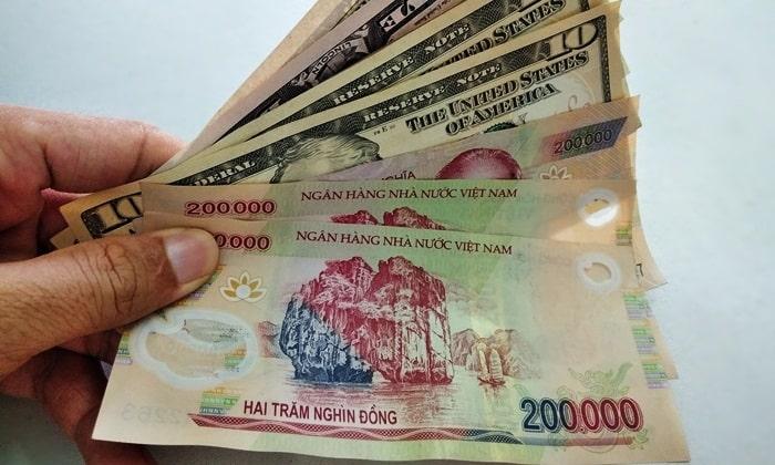 Exchange money VND
