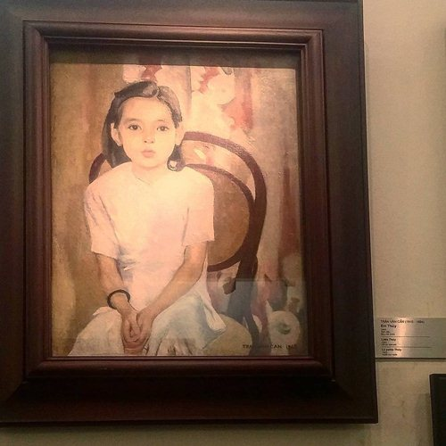 Em Thuy is a famous work of Tran Van Can