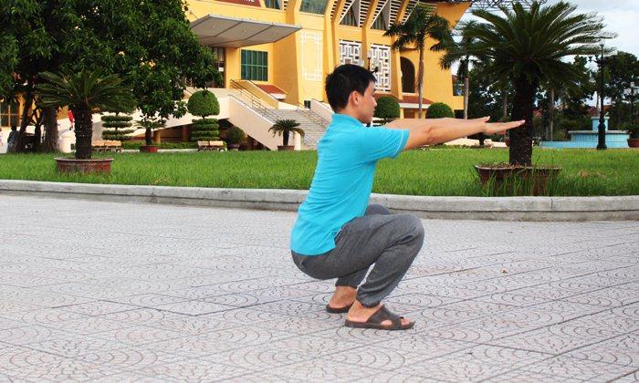 asian half squat