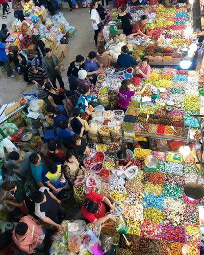 Tet Market