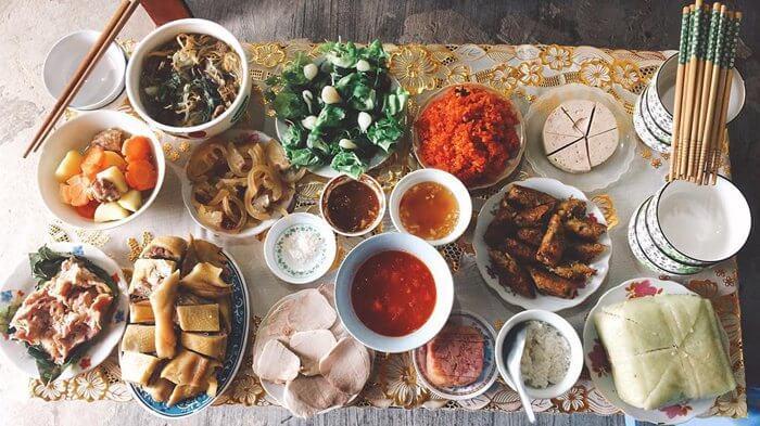Tet offerings