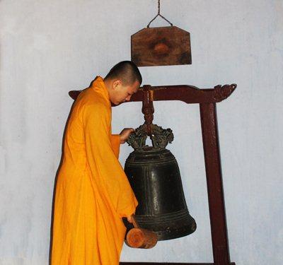 buddhist monk in Vietnam