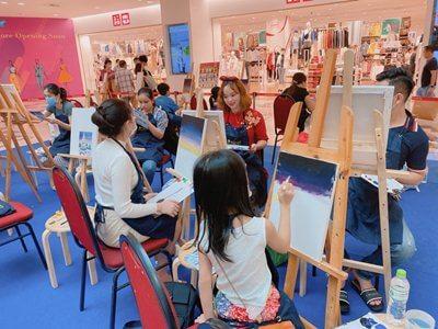 SC VivoCity Shopping Mall