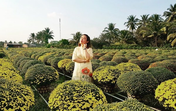 Cai Mon flower village
