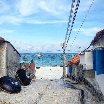 ninh thuy fishing village