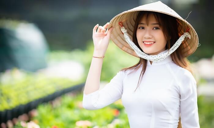 vietnamese conical hat